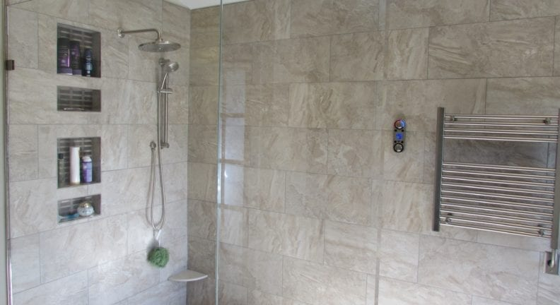 Lake Linganore master bathroom