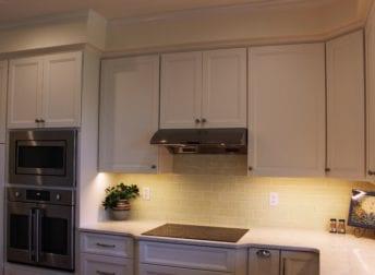 Hood vent in kitchen remodel